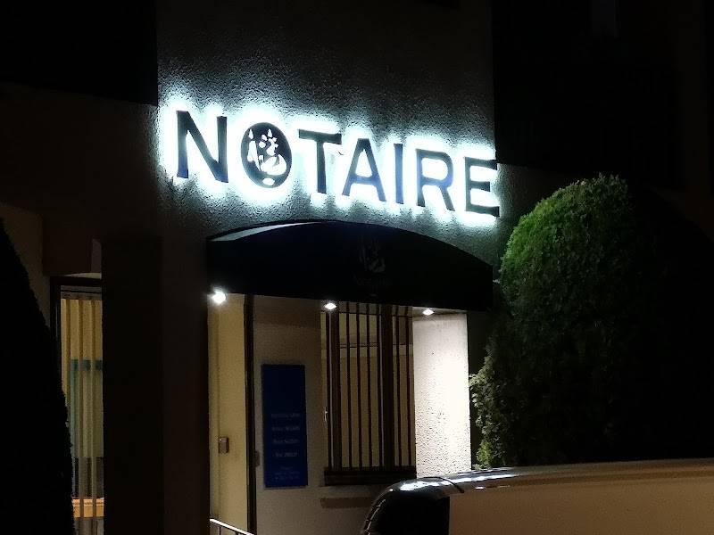 Contactez l'office Notarial de LA GARDE au 0494147614